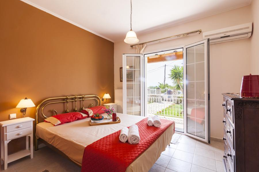 family house in corfu town - corfu family house rental - ionian summer