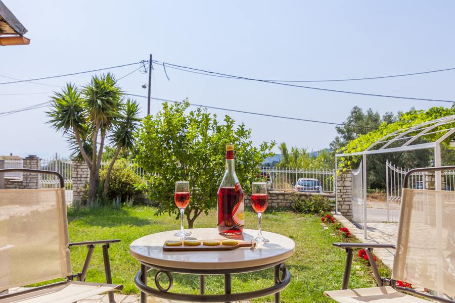 rent a cottage in corfu - rent a family cottage in corfu - ionian summer
