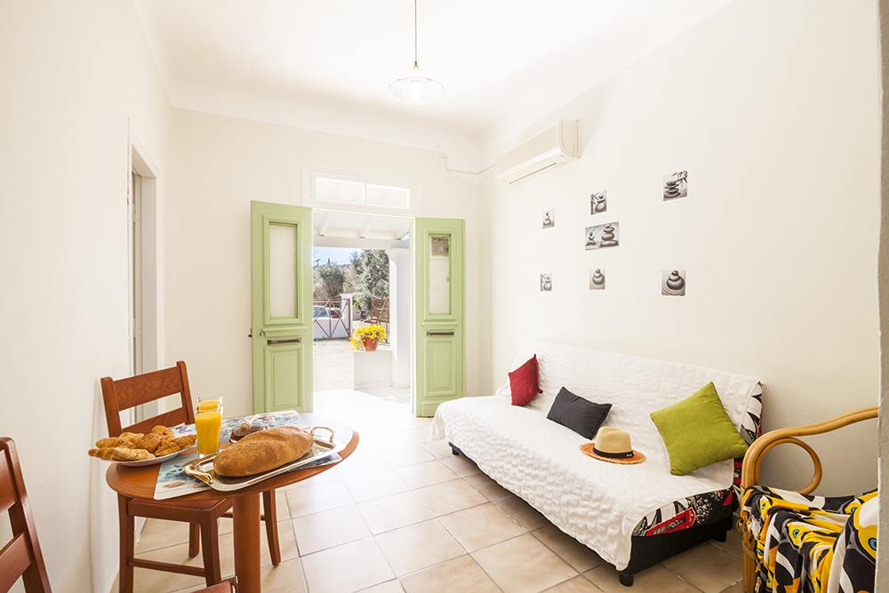 dassia traditional cottage - dassia old cottage to rent - ionian summer