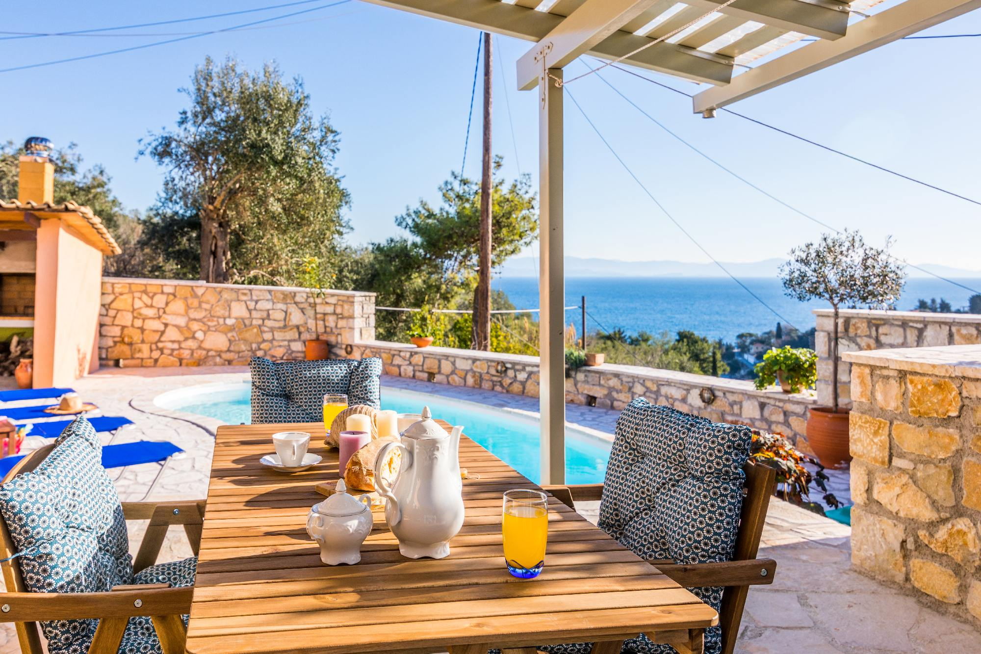 loggos family accommodation - loggos villas - ionian summer