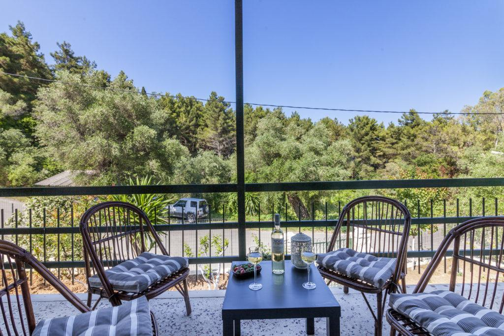 dassia rent a room - dassia rent a family room - ionian summer