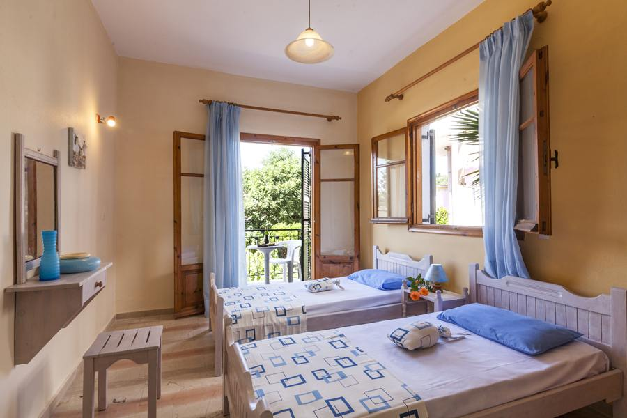 ipsos beach apartments - ipsos rent an apartment - ionian summer