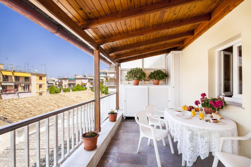corfu town budget apartments - corfu town budget rooms - ionian summer
