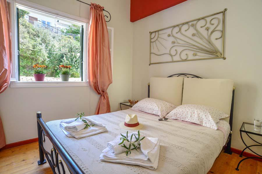 paxos seaview rooms - paxos loggos seaview rooms - ionian summer
