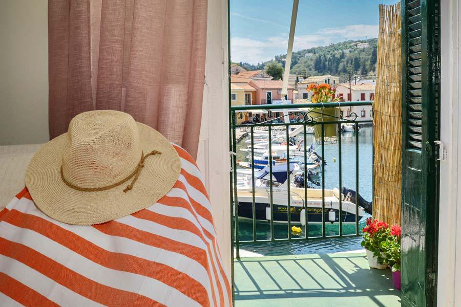 paxos family rooms - loggos family rooms - ionian summer