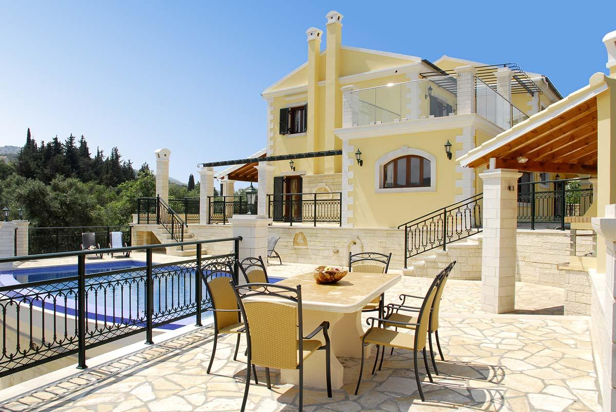 corfu private villas - kassiopi villas - ionian summer