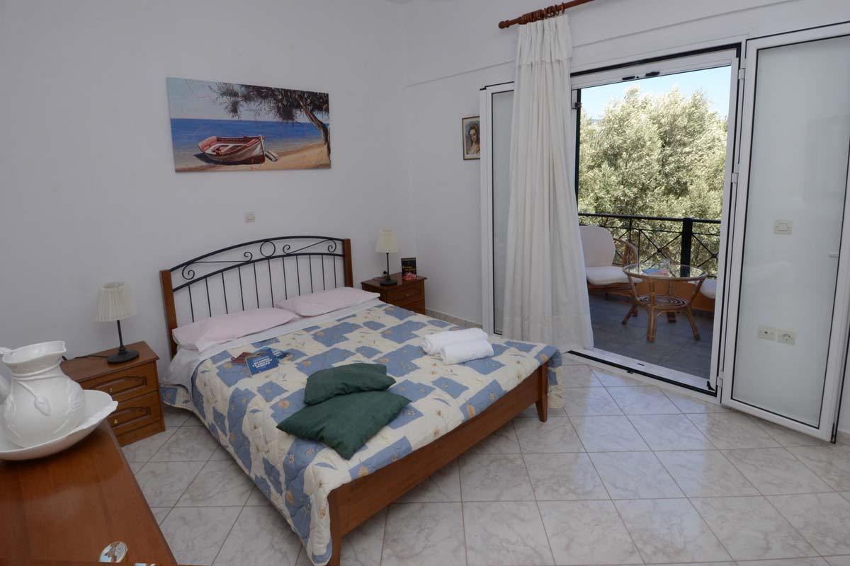 accommodation in ponti beach - accommodation in lefkas - ionian summer